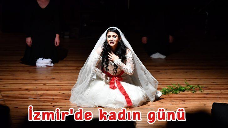 "Atatürk'e ve Cumhuriyet'e dört elle sarılalım"""