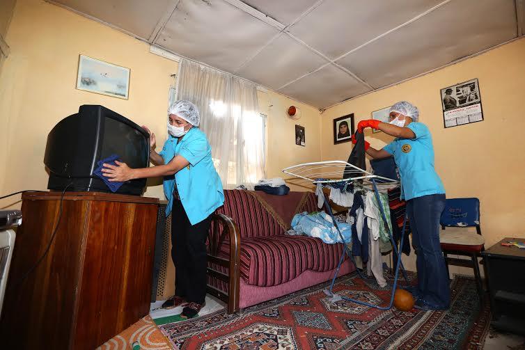 'Evler temiz gönüller bir'