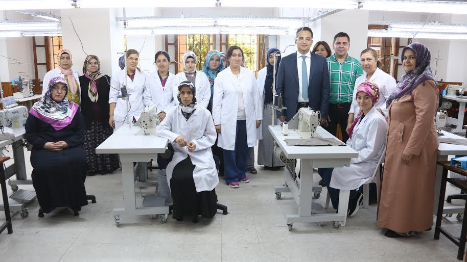 Bornova Belediyesi Konfeksiyon Eğitim Merkezi kuruyor